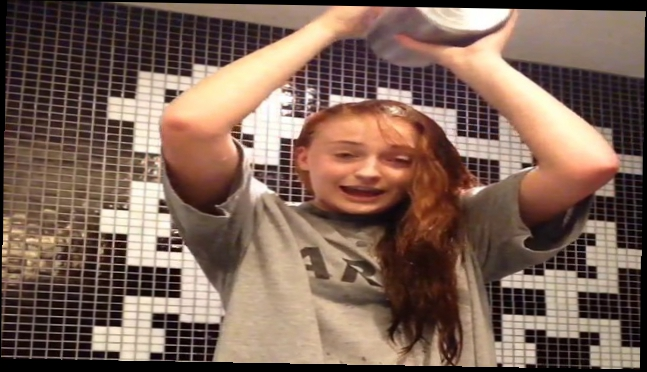 Игра Престолов - Ice Bucket Challenge Sophie Turner